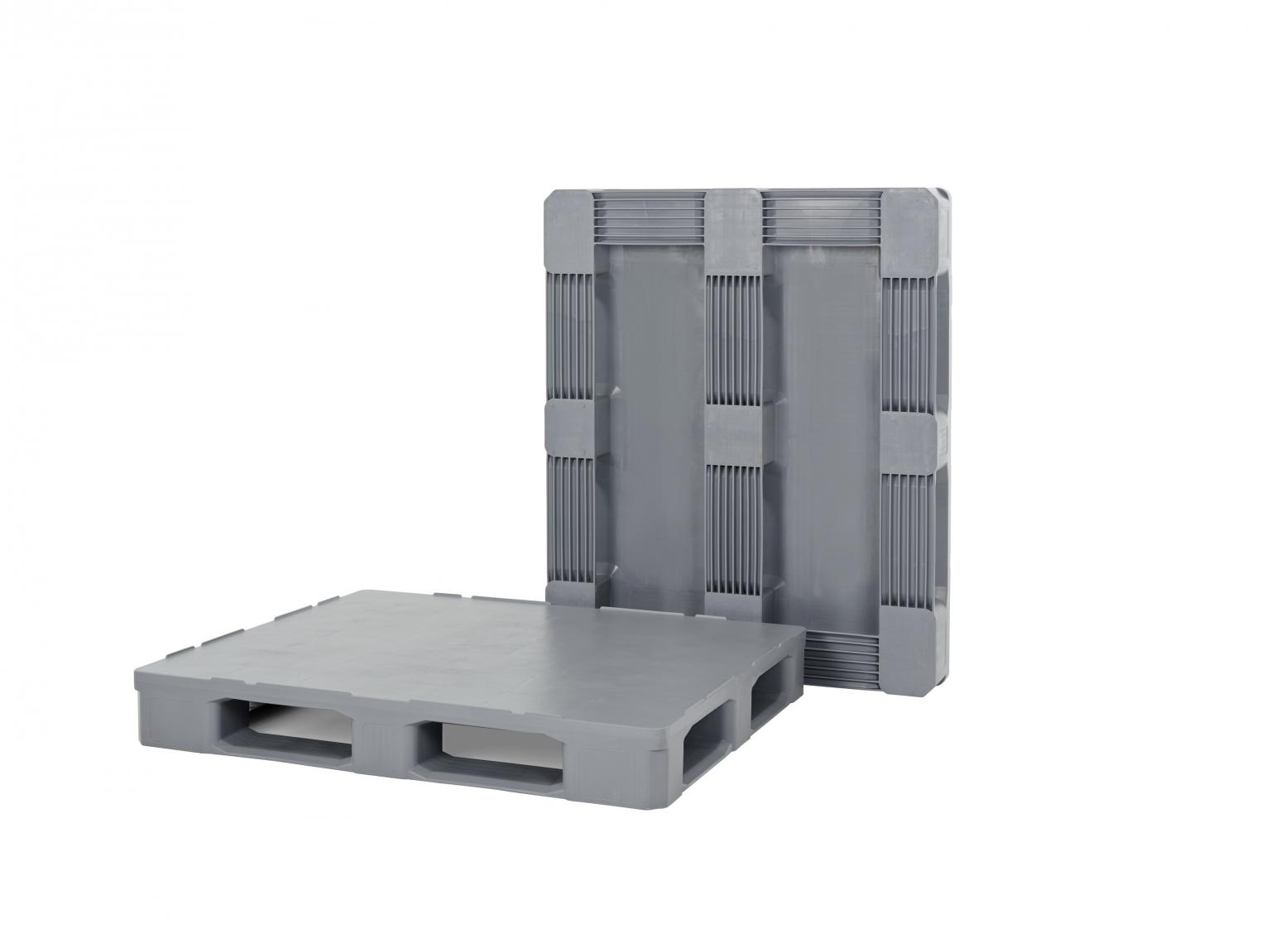 Cabka-IPS' new Hygienic i7.1 is made exclusively of food-grade HDPE plastic. As the pallet does not have any cavities, dirt does not accumulate and it is easy to clean. Image: Cabka-IPS