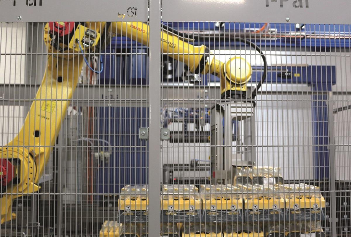 Behind the grafting: even the robotic palletiser can't function without compressed air