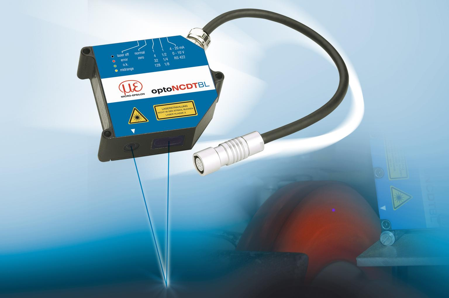 Laser triangulation sensors with a blue laser diode measure reliably and at high precision even on red-hot glowing metals and glowing silicon