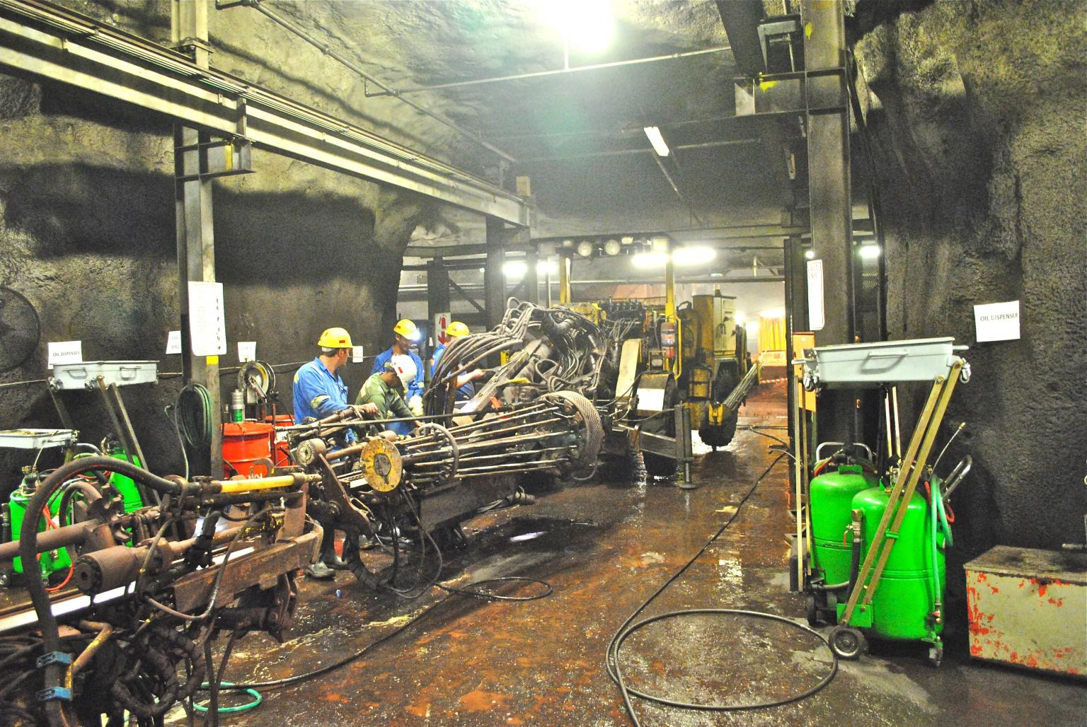 A well lit underground workshop at Assmang's Black Rock chrome ore mine in South Africa Photo: Author – M B Jones