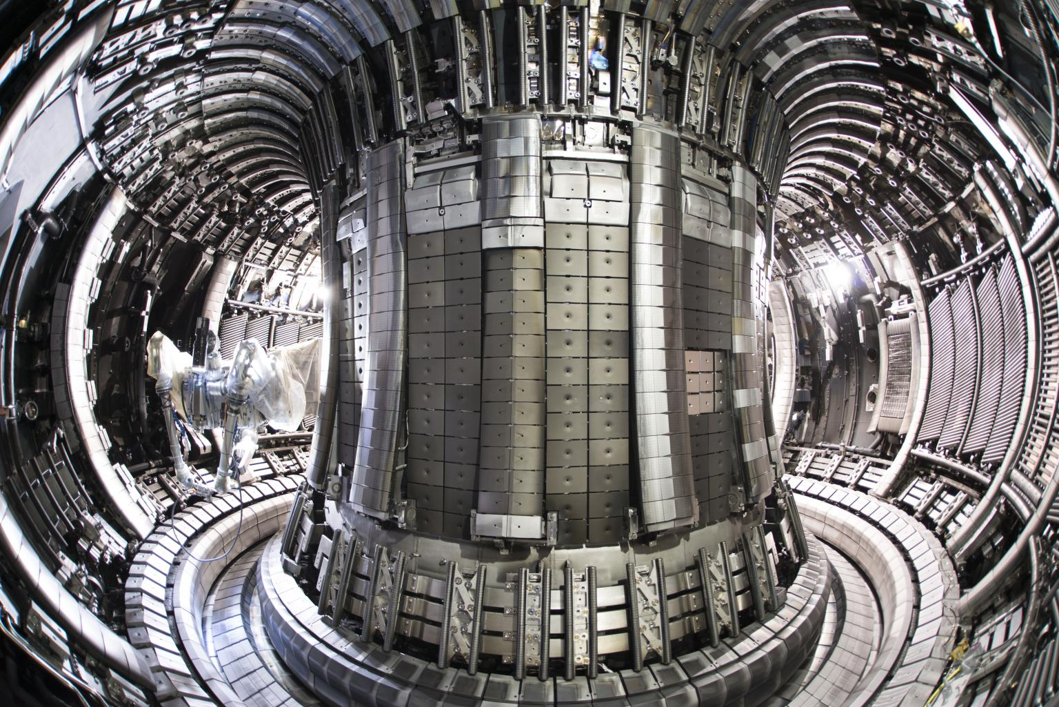 The JET Nuclear fusion tokamak is the world's largest nuclear power experiment