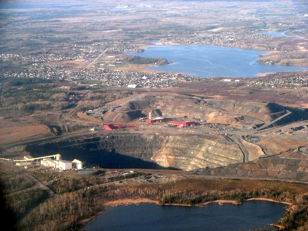 The long-lived Dome Mine near Timmins, Ontario, featuring the now abandoned Super Pit