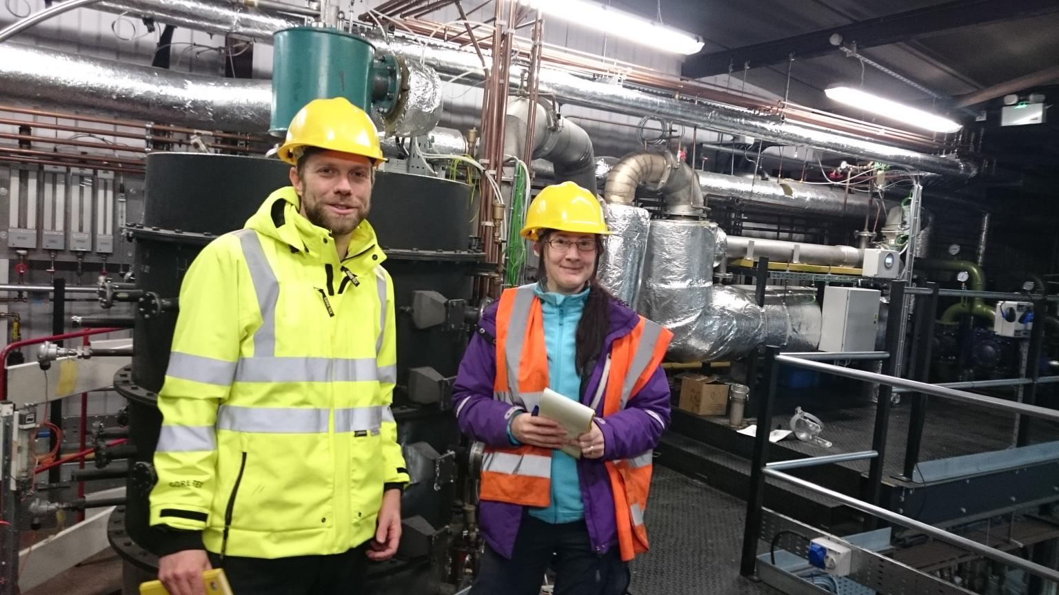 Dr Stuart Gilfillan and Dr Stephanie Flude, of the University of Edinburgh's School of GeoSciences, collect CO2 samples at a pilot facility