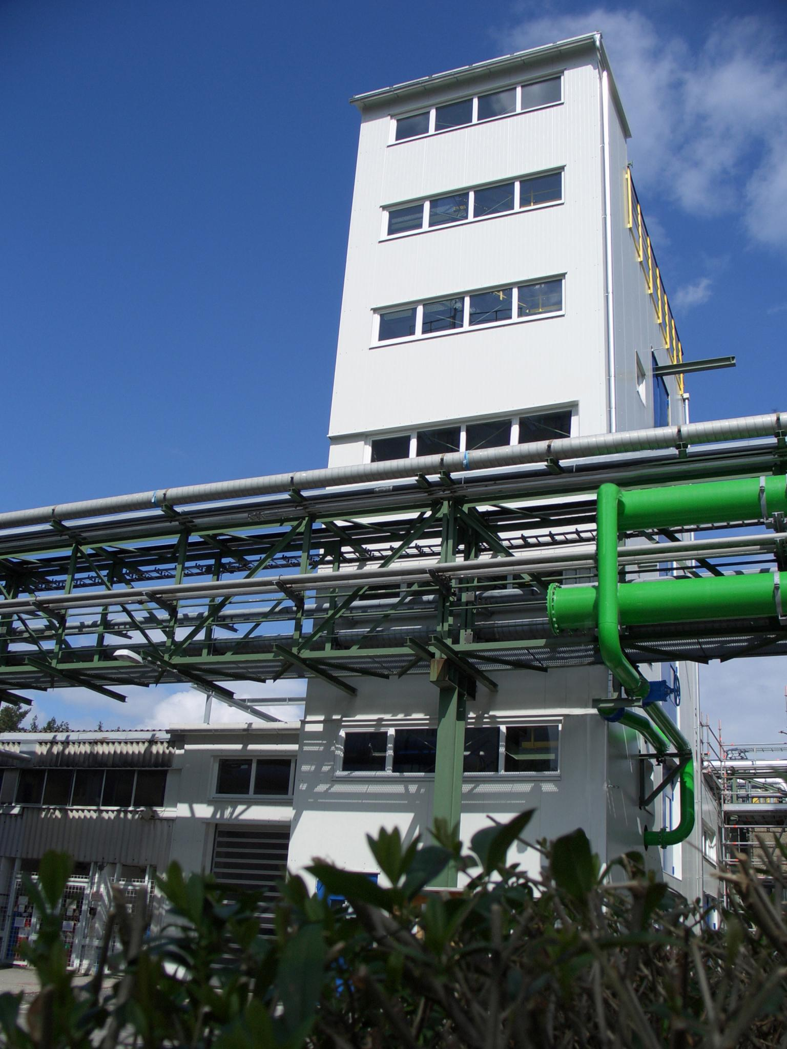 Dyneon operates the world's first plant for sustainable Up-Cycling of end-of-life perfluorinated polymer materials. Source: Dyneon GmbH