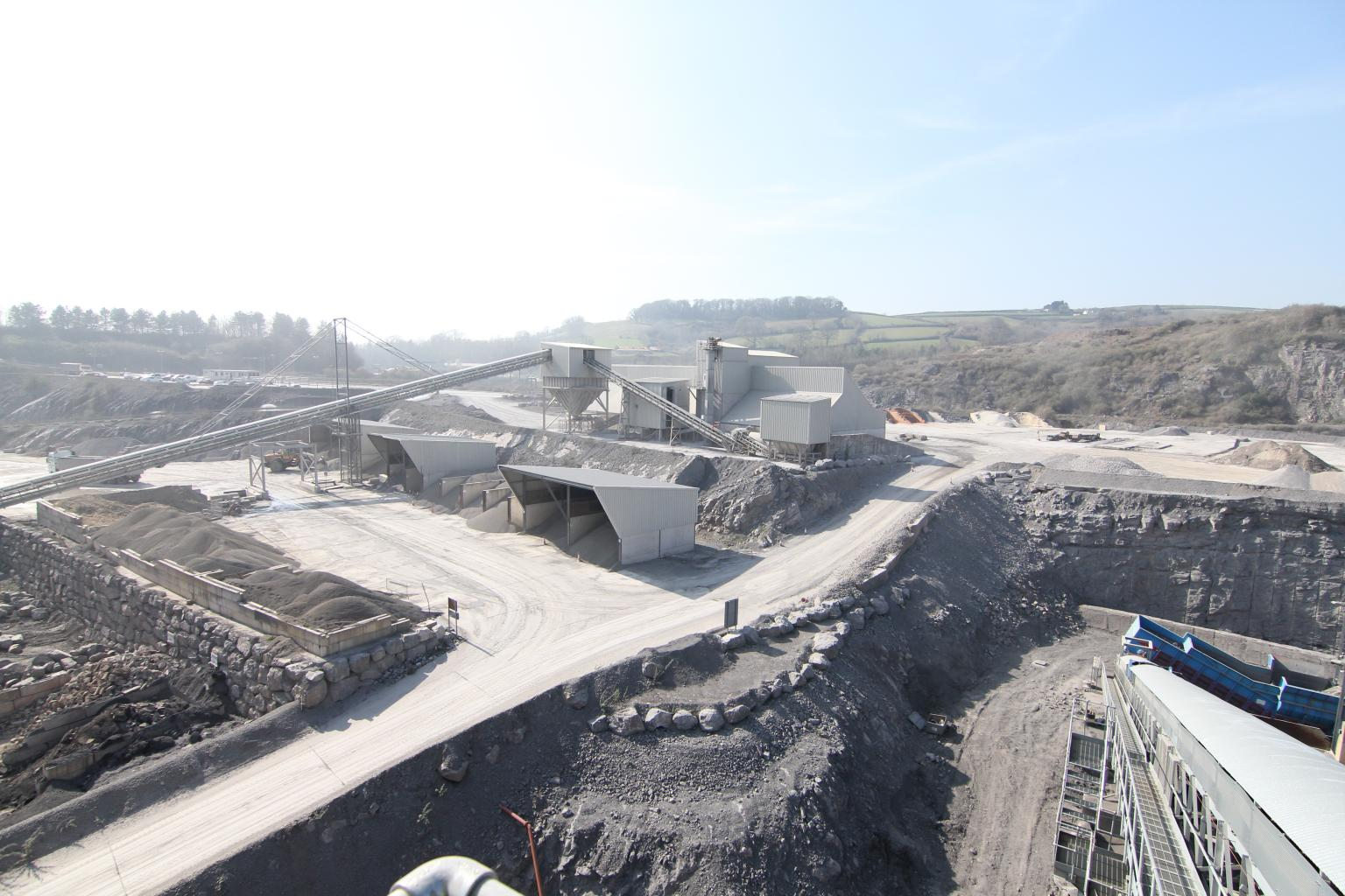 E&JW Glendinning is the largest independent supplier of quarry and concrete products both to the trade and direct to the end user in Devon and Cornwall, UK