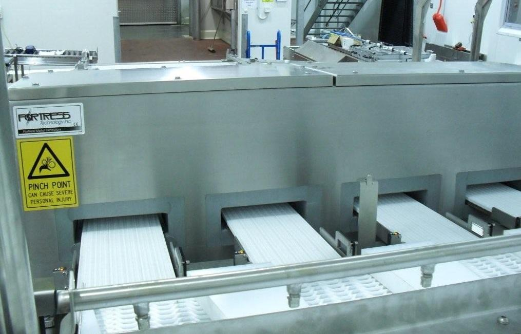 A multi-aperture system that spans a number of lanes offers greater sensitivity and detects smaller metal particles, as products are inspected individually