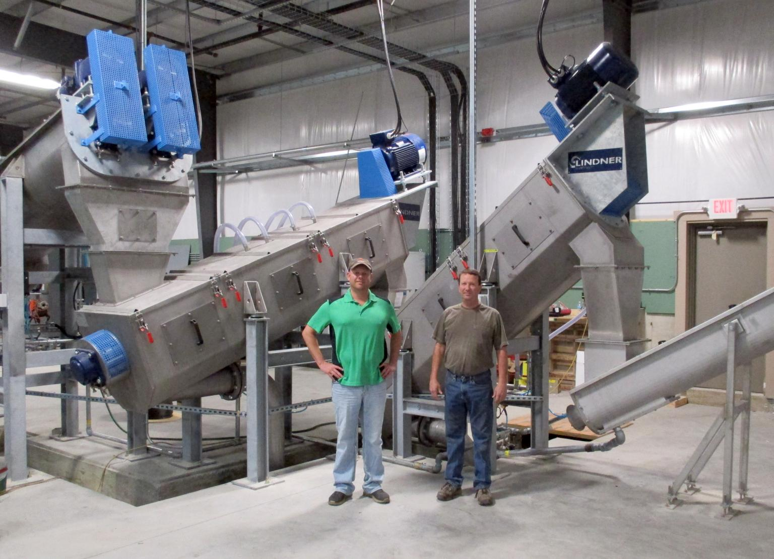 Cedar Poly's managing directors Scott (left) and Jeremy Rogers (right) have selected Lindner washTech's modular washing system for their state-of-the-art plastic recycling plant in Tipton, IA/USA