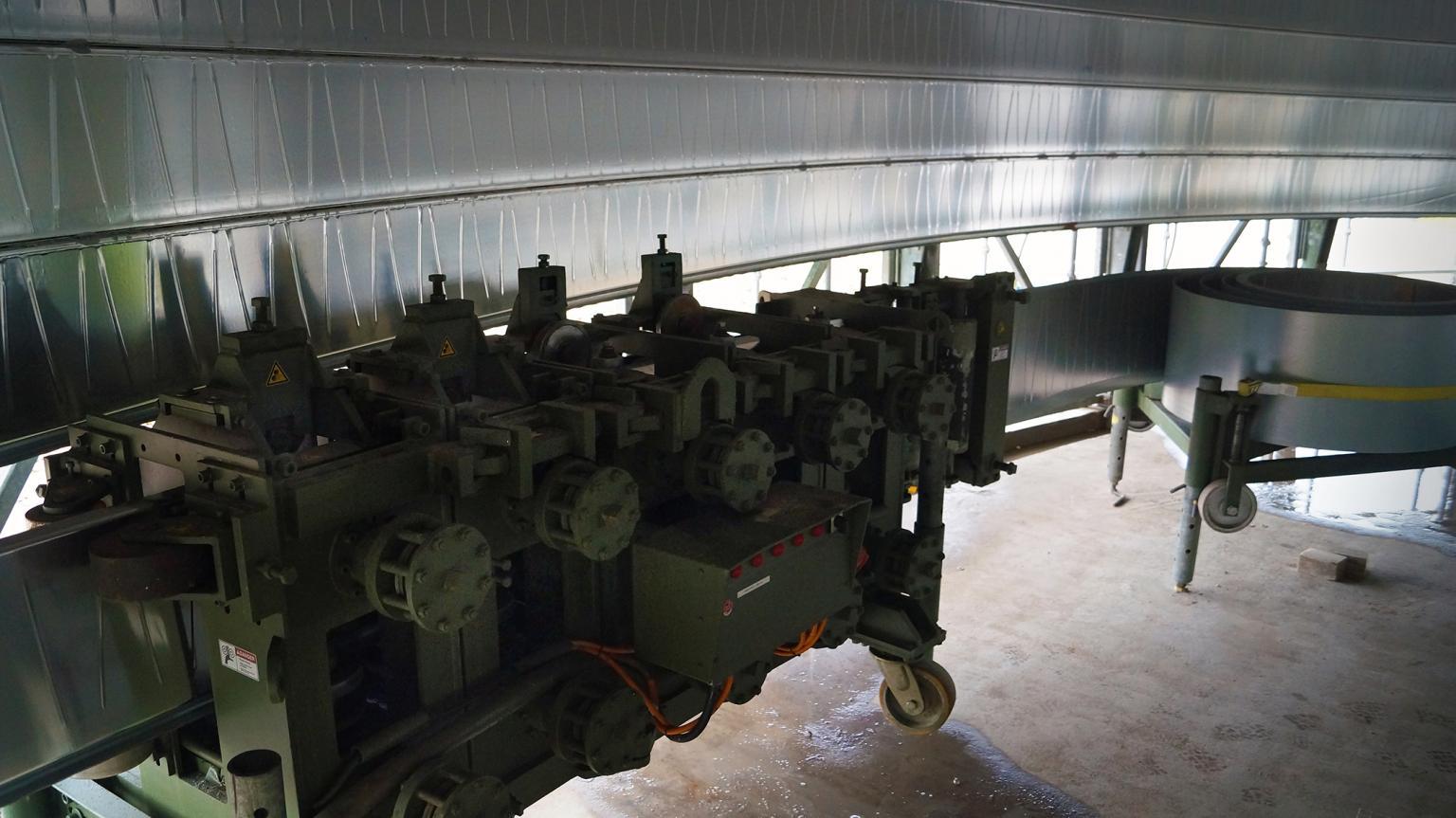 Lipp automated tank build equipment