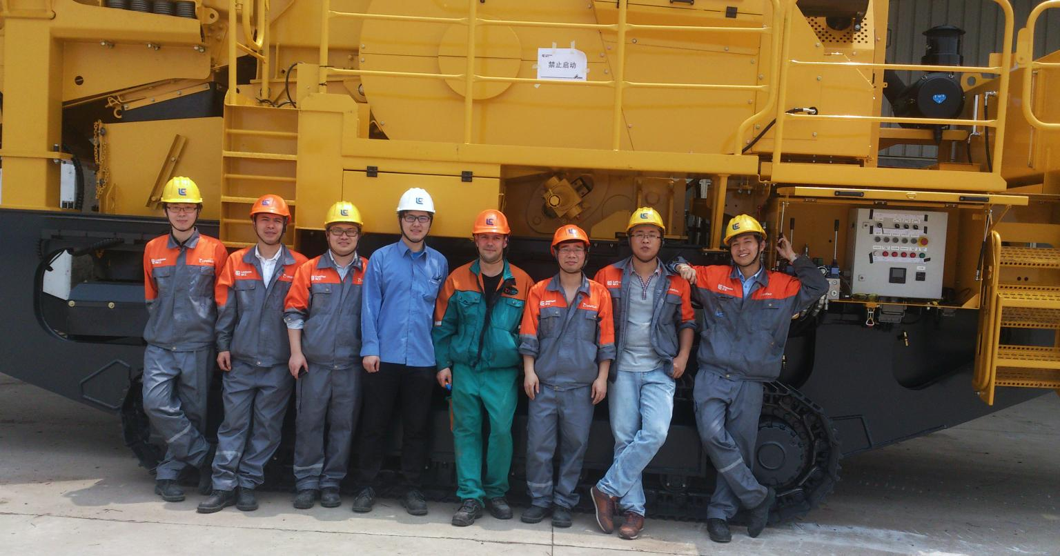 LiuGong Metso Construction Equipment (Shanghai) Co., Ltd. has launched its first prototype track-mounted mobile crushing and screening equipment