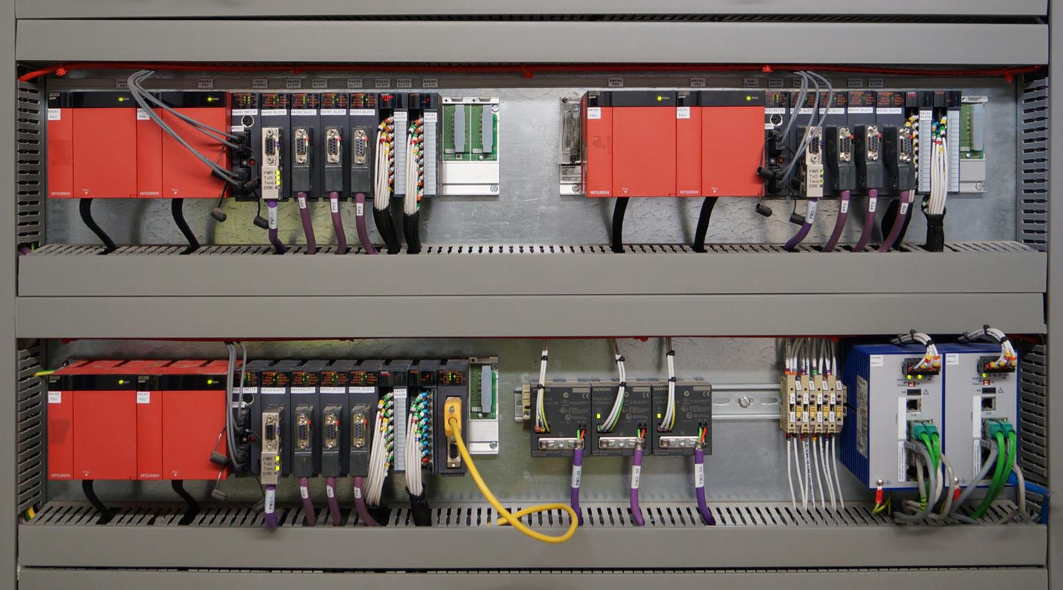 The Mitsubishi QnPRH PLCs are designed to work in a redundant set-up. The system was designed with two processor racks and three I/O racks in the main MCC, with 1/3 of the plant on each I/O rack
