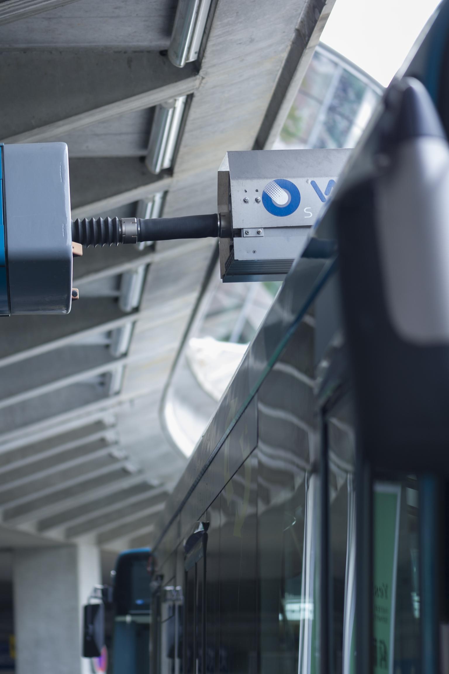 Electrobus charging helps to relieve the burden on the power grid