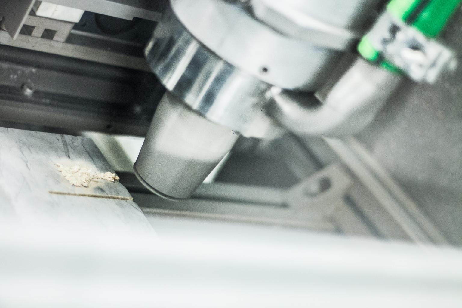 Onet's robotic laser-cutting technology