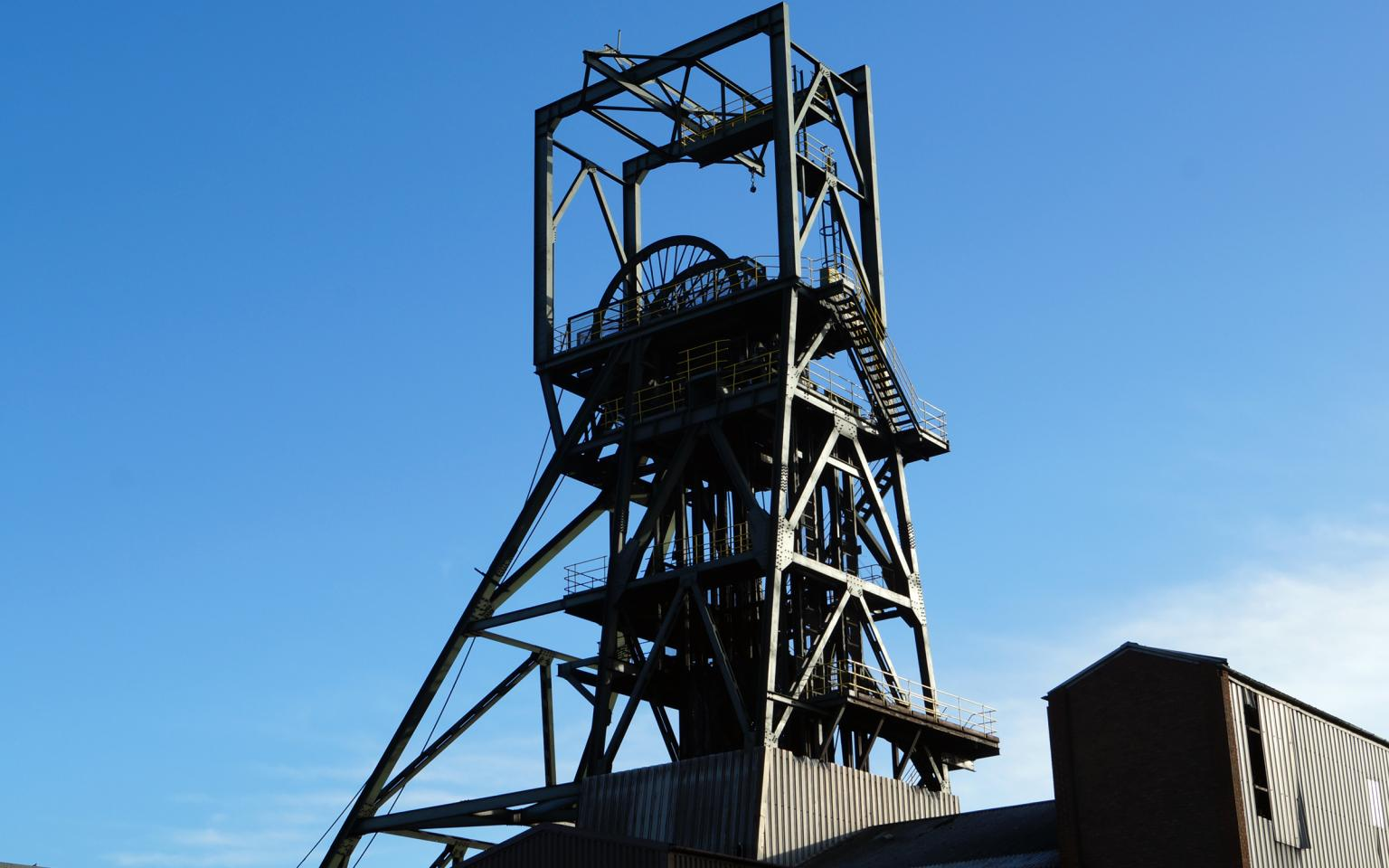 The Daw Mill colliery was closed in March 2013 since then work has been underway to make the site safe. ECS Engineering Services in conjunction with JMC on behalf of the Coal Authority have specially engineered the structure which will allow shaft No.1 to be filled safely