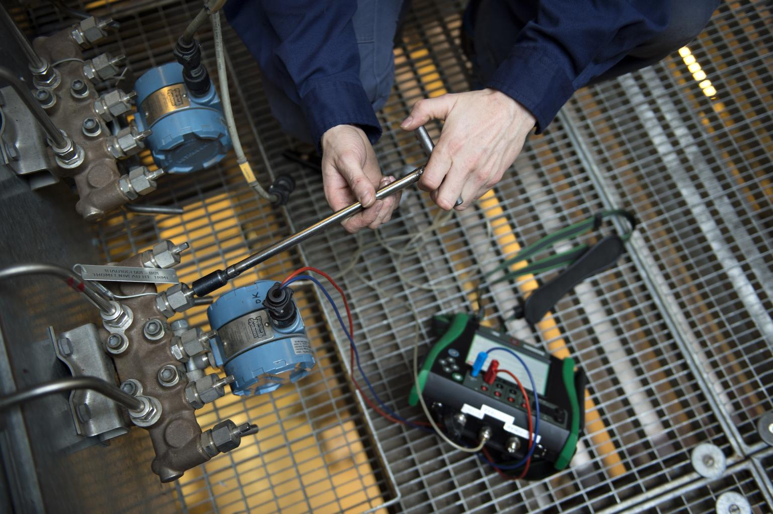 Reducing the measurement uncertainty by using high-accuracy calibrators can increase production at power plants
