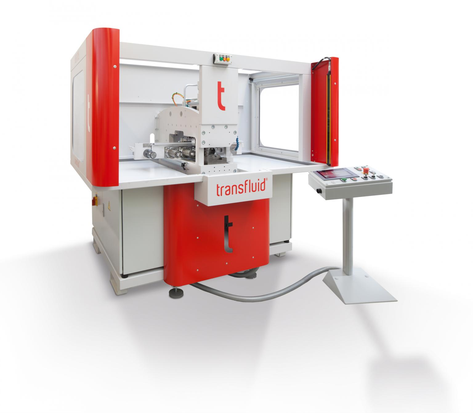 The new tube forming machine REB 645 with automatic tool detection. © transfluid