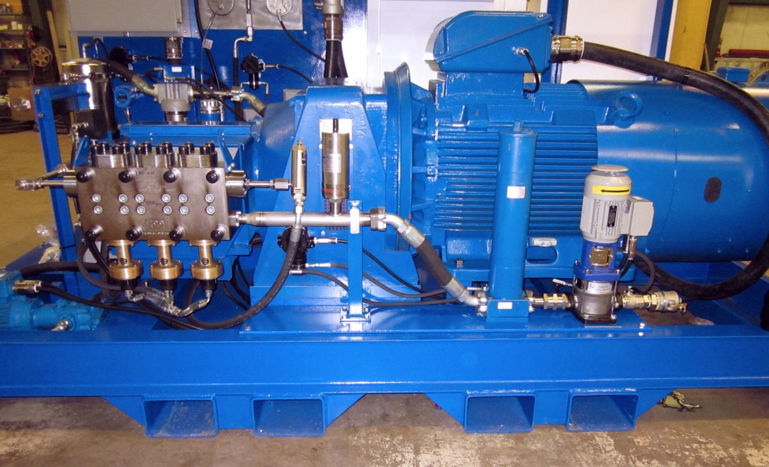 RMI Pressure Systems has developed a new test rig for onshore/offshore use which allows for streamlined cleansing and pressure testing in-situ