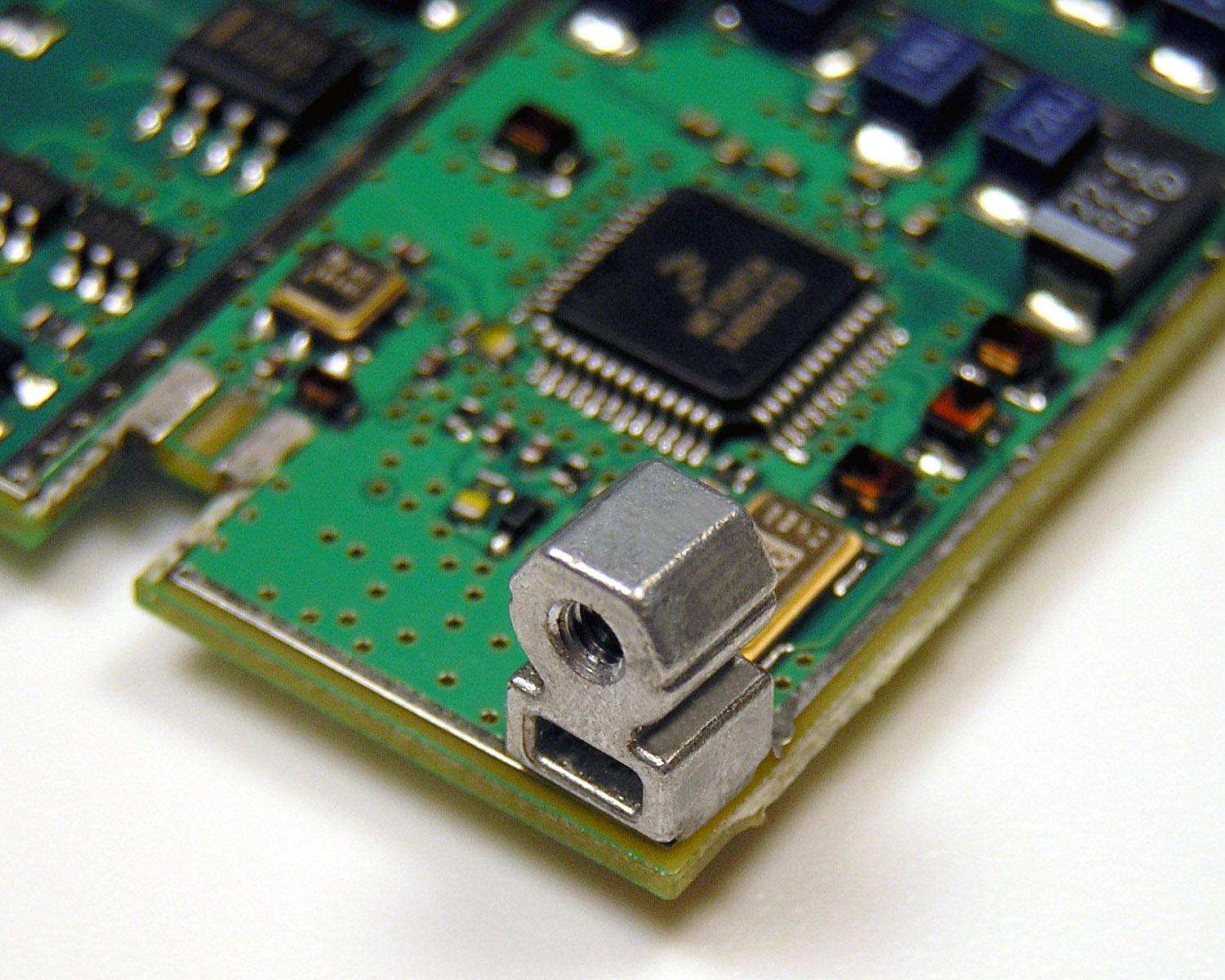 Surface-mount PCB fasteners for automated pick-and-place assembly ...