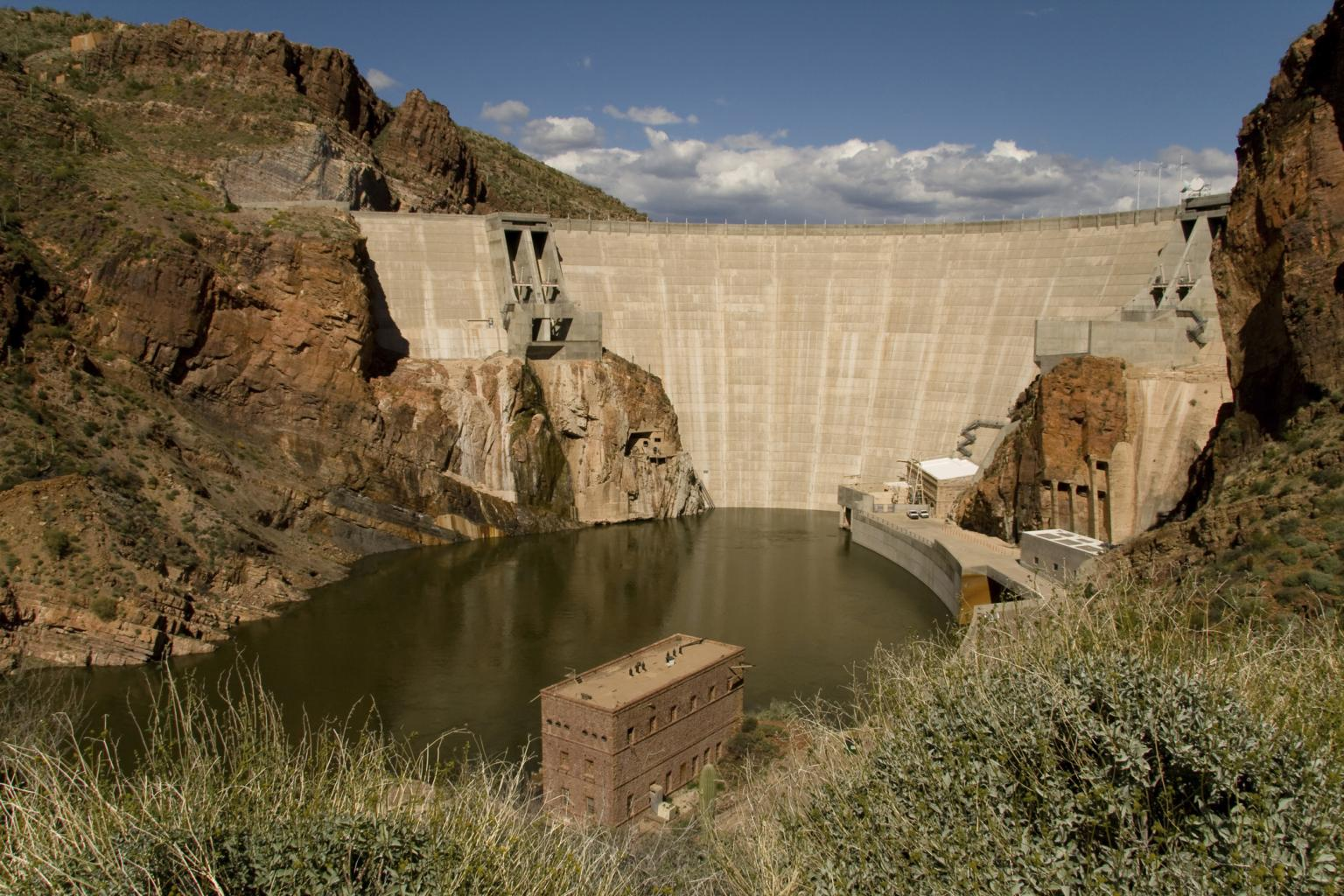 Located near Phoenix, Arizona, construction of the Roosevelt Dam on the Salt River started in 1906 and was completed in 1911