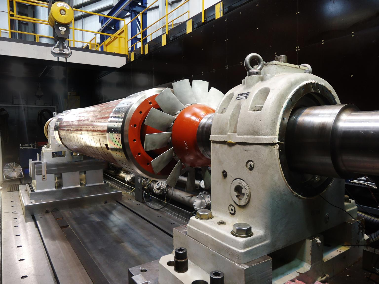 aving completed the rebuild and the electrical, static and mechanical tests, the rotor was then checked for rotational balance, using the company's own purpose-built large capacity overspeed balancing pit