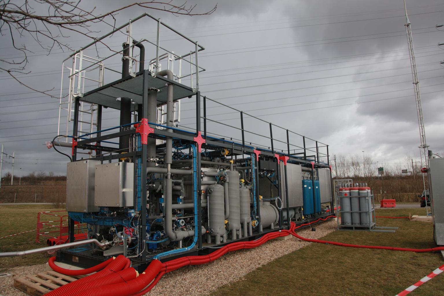 In 2015, an industrial demonstrator was installed at the Valenton water treatment plant
