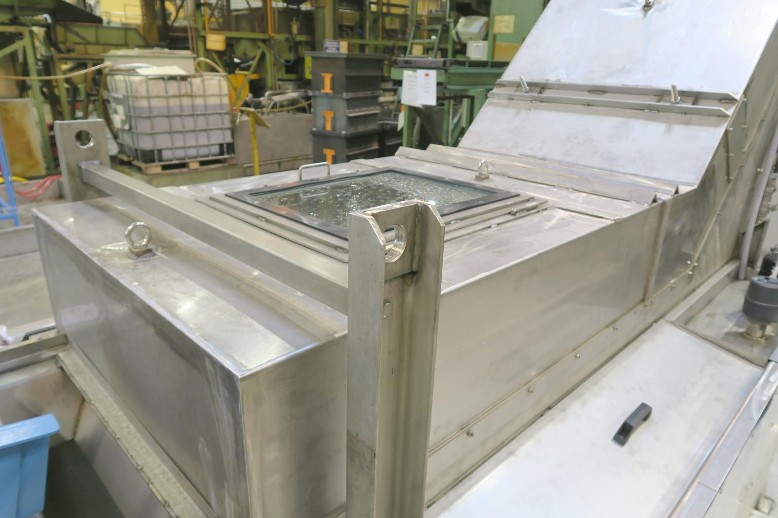 This fully automated cleaning line was developed for the inline ultrasonic cleaning of bulk goods. The parts are cleaned, dried and then transported onwards to the next processing stage – without any human intervention. Image credit:  Weber Ultrasonics