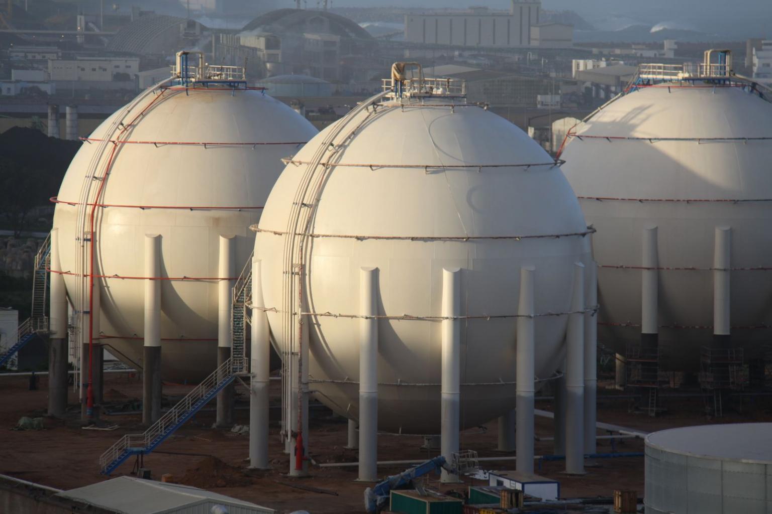Butane gas storage tanks, Morocco (copyright Tissot)