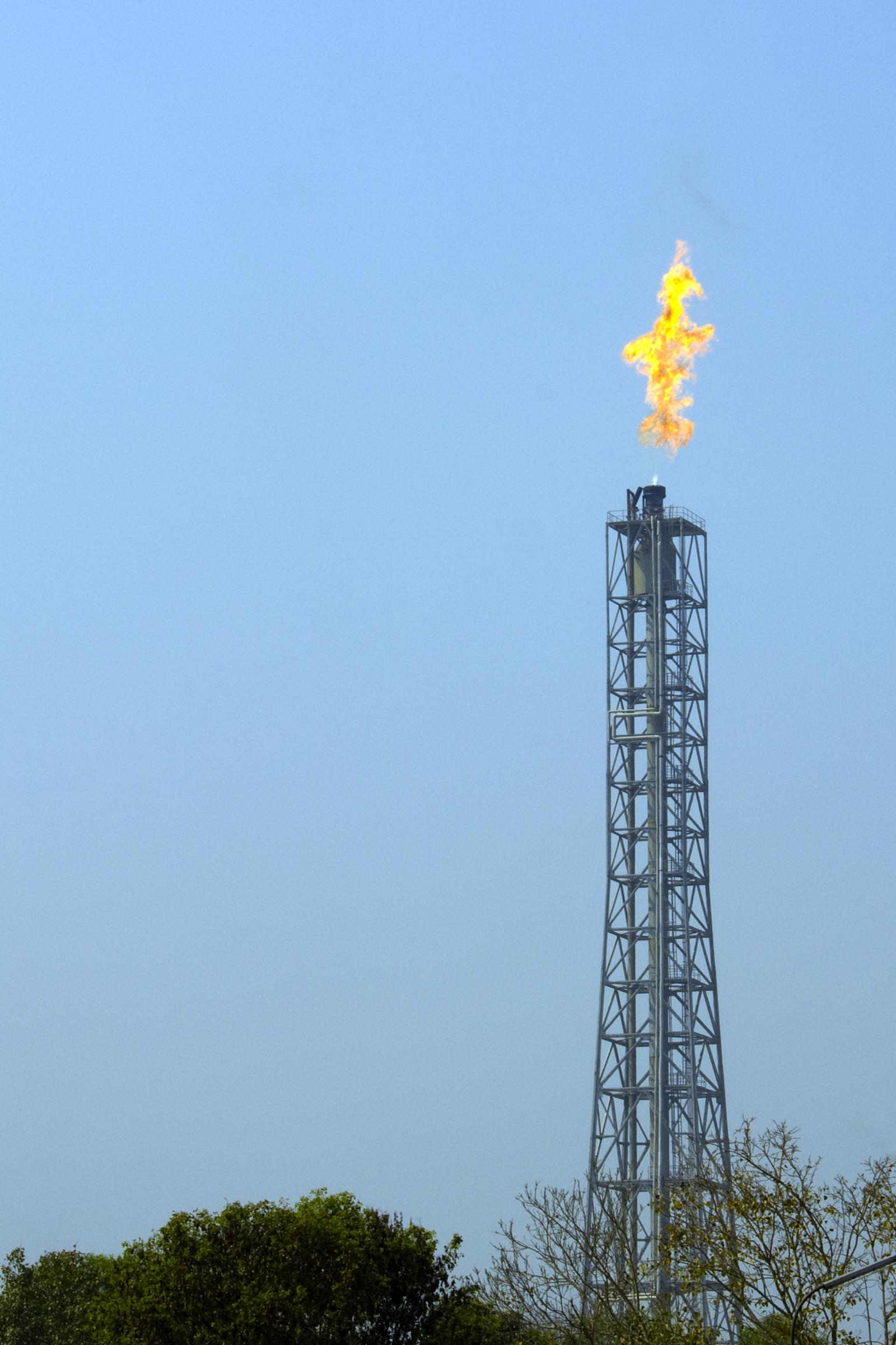 Most flare stacks have sulphur levels that vary greatly from flare event to flare event