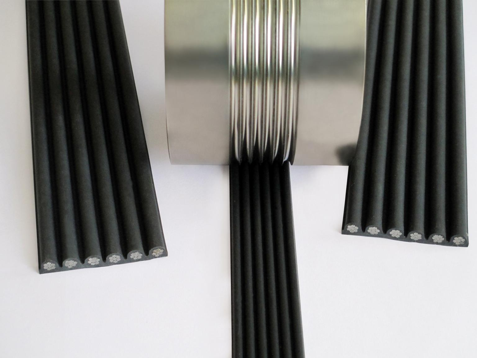 The CONTI POLYROPE composite cord consists of steel cords embedded in a polyurethane coating. As a means of suspension for elevators, it offers numerous advantages over conventional steel cords. Photo: ContiTech