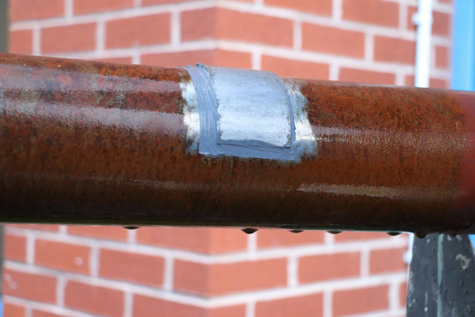 Belzona 1212 applied to seal a pipe leak