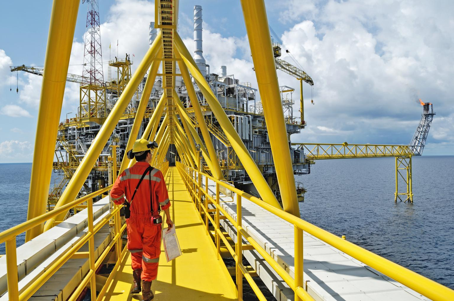 Effective corrosion protection helps the oil & gas sector maximise production and minimise downtime