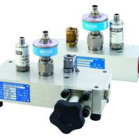 Sensors measure hydraulic flow, temperature and pressure