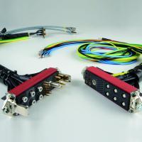Customisable connectors