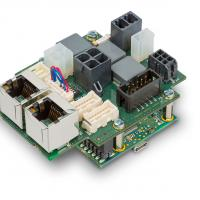 Compact positioning controller