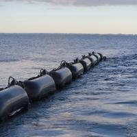 New barrier for marine oil spills